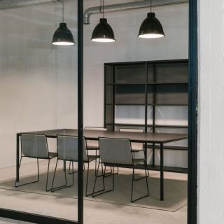 DRY-H5_BB-TABLE-H75-ALO-CHAIRS