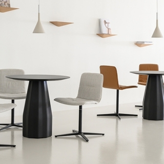Viccarbe-Burin-Table-by-Patricia-Urquiola-5