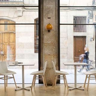 mobles114-oxi-bistrot-tables-massana-tremoleda-loc-tif-n003