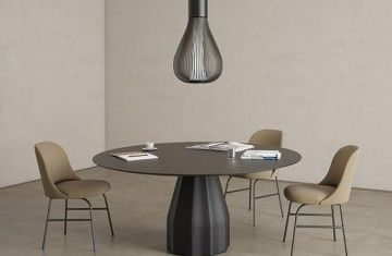 viccarbe-burin-table-1-890x1000