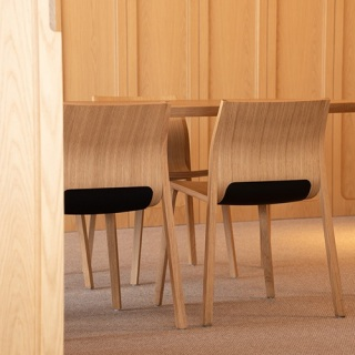 SILU-TABLE-CHAIR-OAK-1