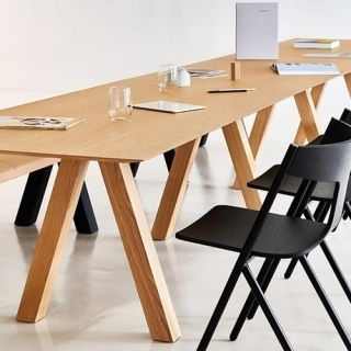 Viccarbe-Trestle-table-by-John-Pawson-7