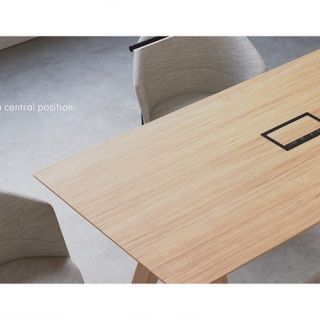 vViccarbe-New-Trestle-Table-John-Pawson-3-2