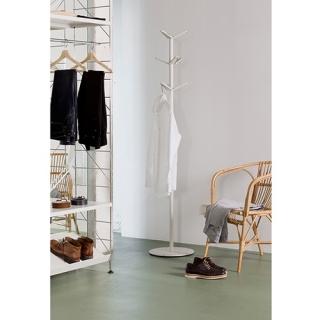 03_TRIA_shelving_system_dressing_room_02