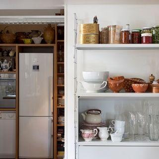 01_TRIA_shelving_system_kitchen_02