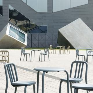 mobles114-tube-dinning-tables-eugeni-quitllet-loc-tif-n002