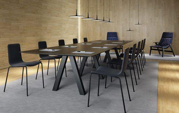 VICCARBE_Trestle-Table_John-Pawson-17-1140x600